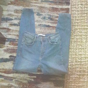 ZARA Trafaluc denimwear Reto Stretch Jeans, Size 6